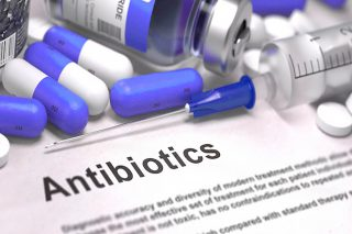 http://www.allergymedik.com/wp-content/uploads/2015/11/Antibiotics-for-Infection-672x372-320x213.jpg