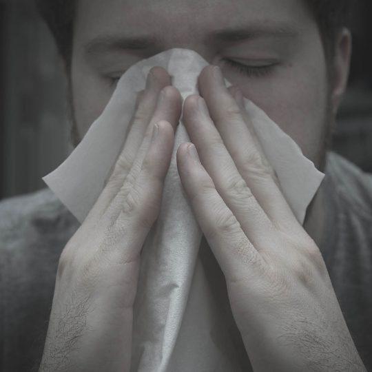 http://www.allergymedik.com/wp-content/uploads/2016/05/sneeze-540x540.jpg
